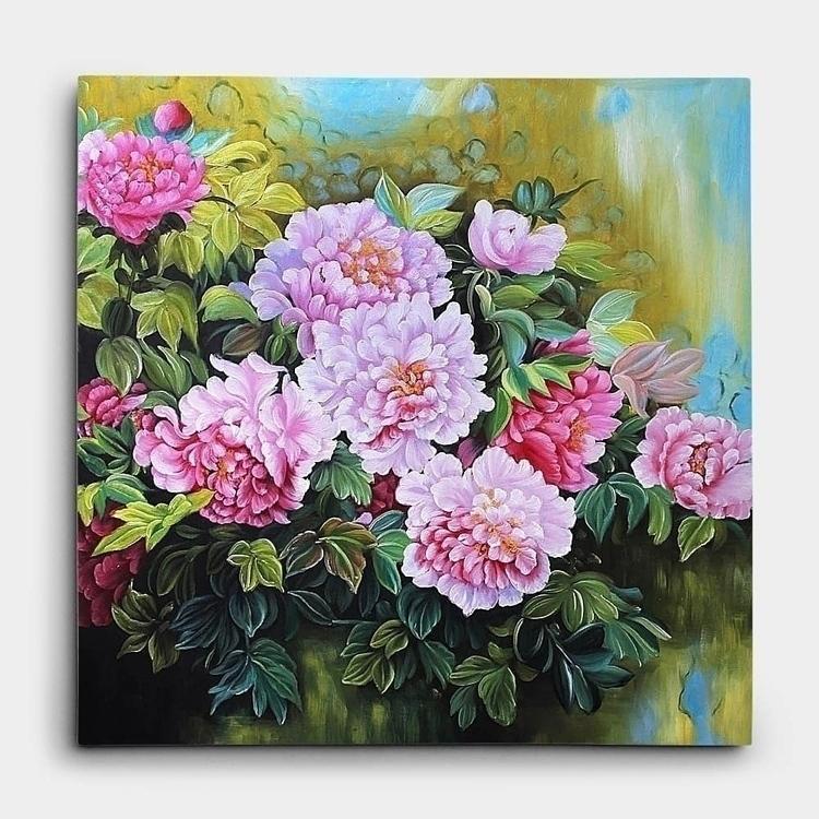 벽에 핀 연한 분홍색의 모란꽃 그림