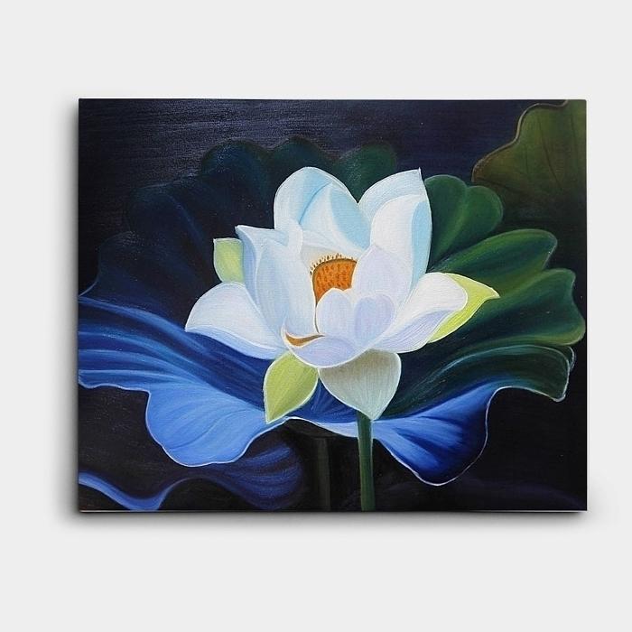 단아하게 핀 작은 하얀 연꽃을 표현한 유화 그림